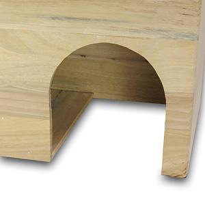 【入口部分の写真】入口付近は底板が無く、奥のスペース部分には底板があります 。